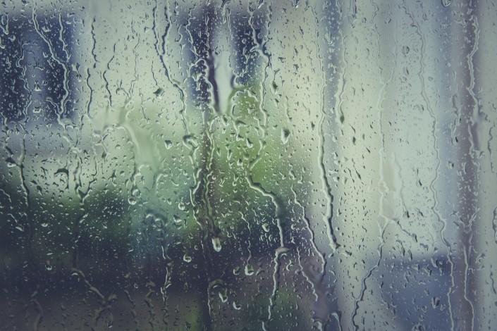 水雾玻璃,模仿下雨后的玻璃效果